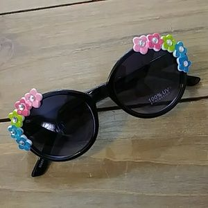Other - Nwt girls flower sunglasses